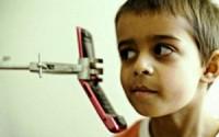 Как мобильный телефон влияет на организм ребенка